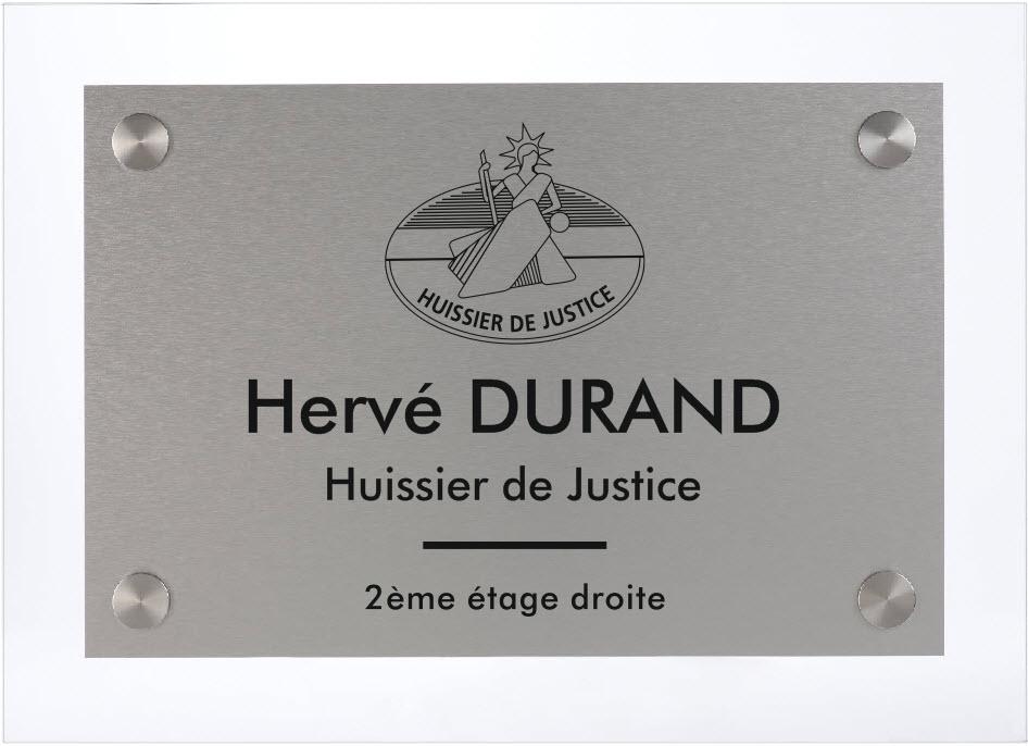 plaque gravée avec logo huissier