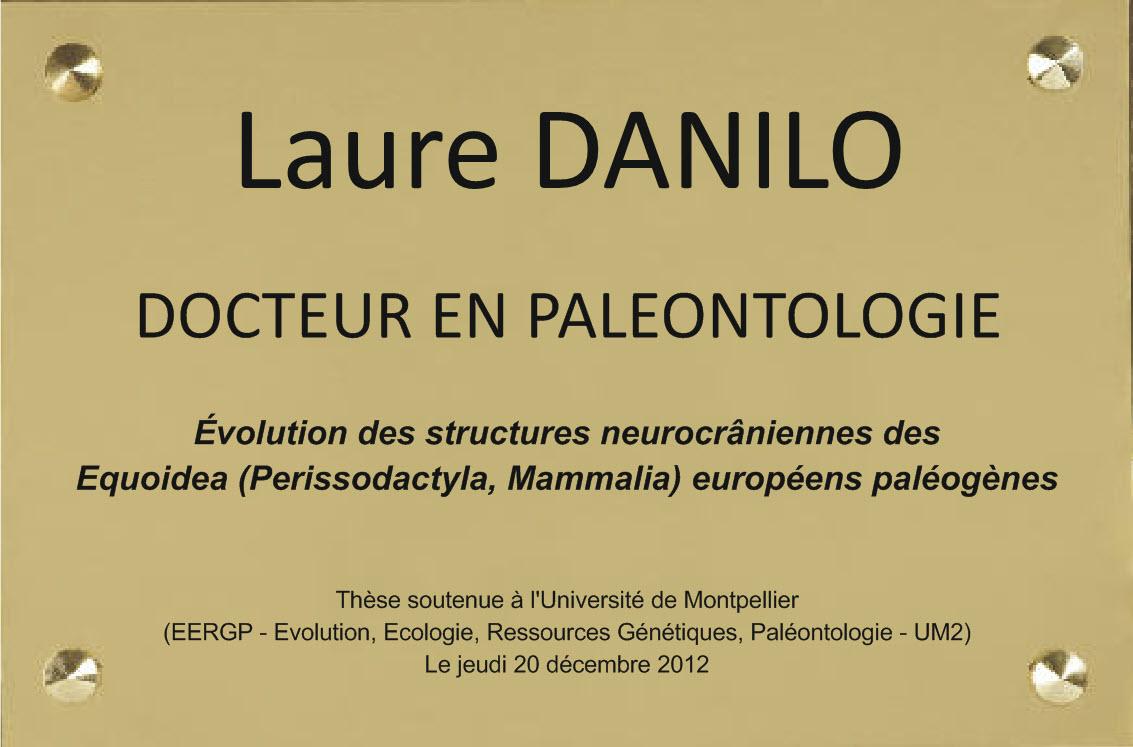 plaque pour un paleantologue