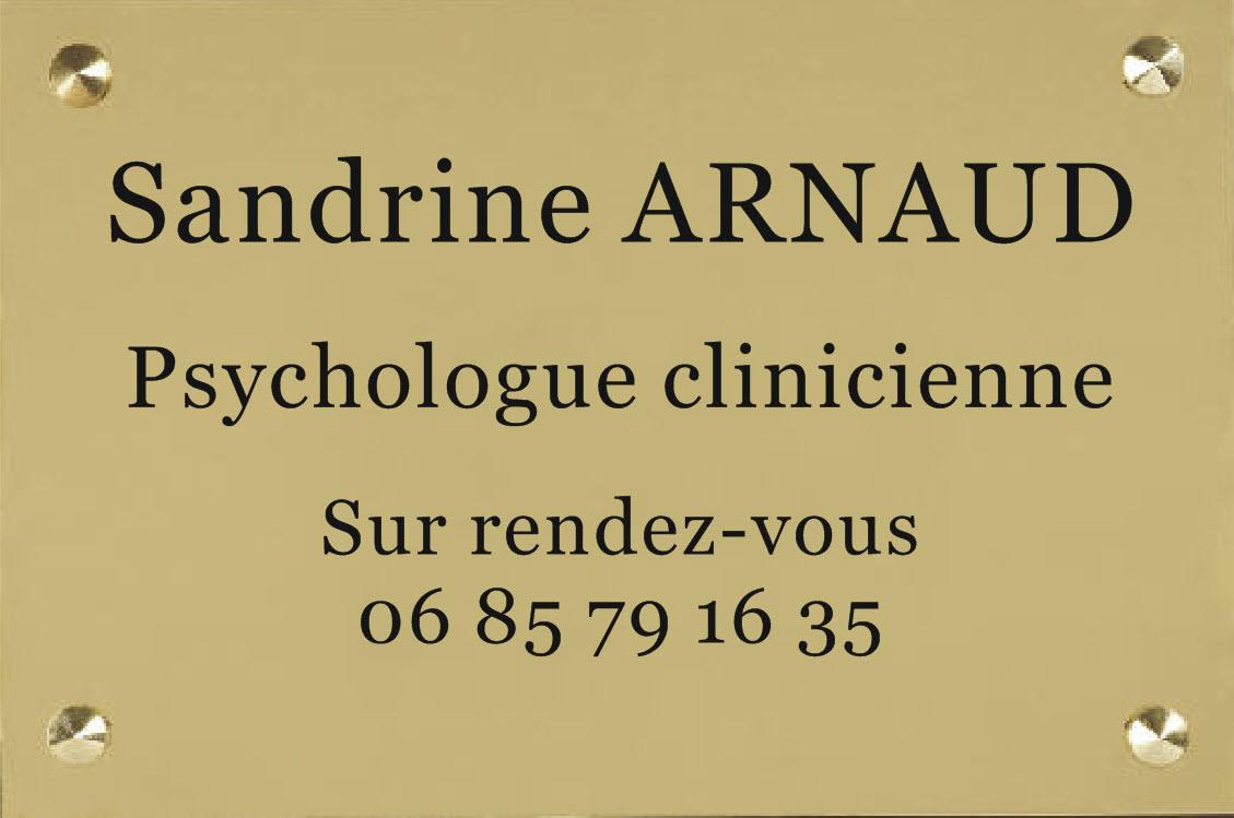 plexi or et gravure noire pour une psychologue clinicienne